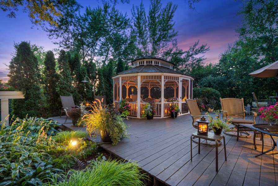 Real Estate Photography - 1141 Oak Ridge Circle, Barrington, IL, 60010 - Location 6