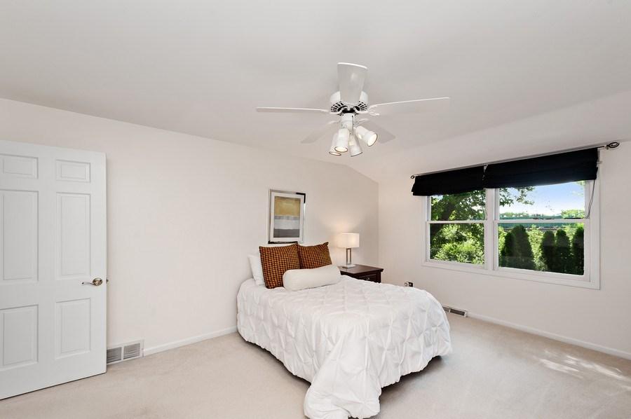 Real Estate Photography - 1141 Oak Ridge Circle, Barrington, IL, 60010 - 2nd Bedroom