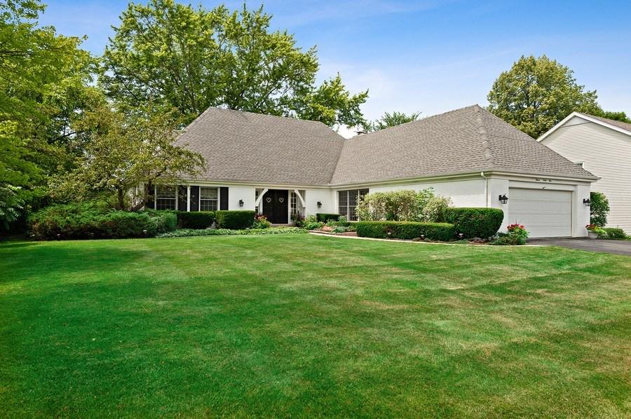 Real Estate Photography - 1141 Oak Ridge Circle, Barrington, IL, 60010 - Front View