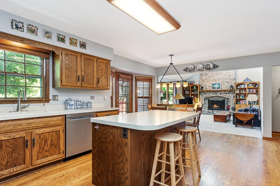 Real Estate Photography - 2345 Keim Road, Naperville, IL, 60565 - Kitchen