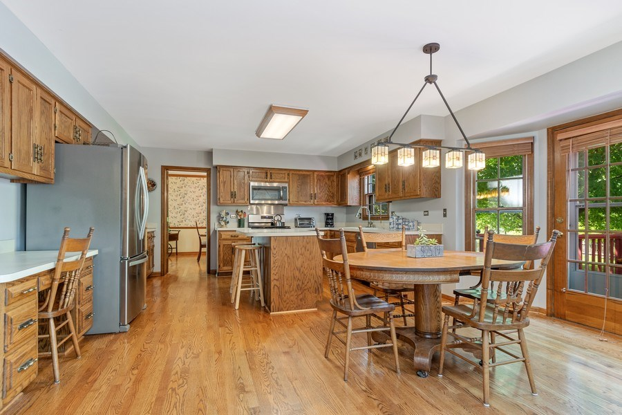 Real Estate Photography - 2345 Keim Road, Naperville, IL, 60565 - Kitchen / Breakfast Room