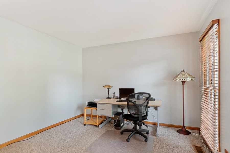 Real Estate Photography - 2345 Keim Road, Naperville, IL, 60565 - Office