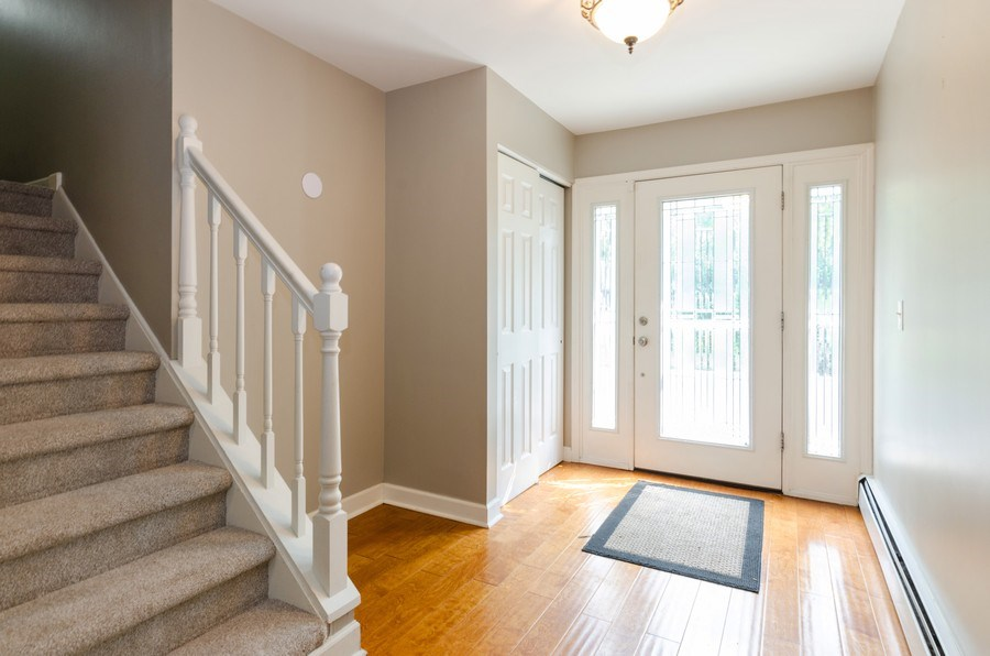Real Estate Photography - 36W272 HICKORY HOLLOW Drive, Dundee, IL, 60118 - Foyer