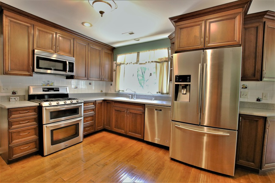 Real Estate Photography - 36W272 HICKORY HOLLOW Drive, Dundee, IL, 60118 - All Stainless Appliances - including DOUBLE OVEN!