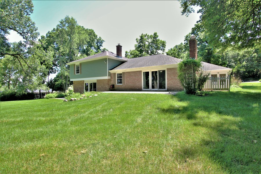 Real Estate Photography - 36W272 HICKORY HOLLOW Drive, Dundee, IL, 60118 - Rear View of Home