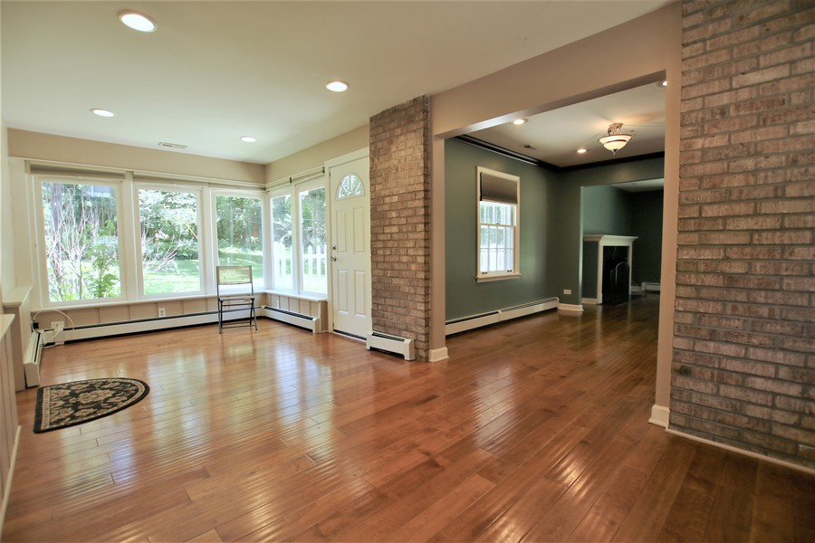 Real Estate Photography - 36W272 HICKORY HOLLOW Drive, Dundee, IL, 60118 - Sunroom