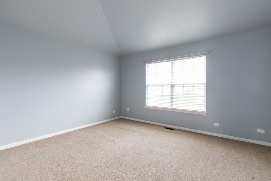 Real Estate Photography - 33 Bridlepath Drive, Lindenhurst, IL, 60046 - 3rd Bedroom