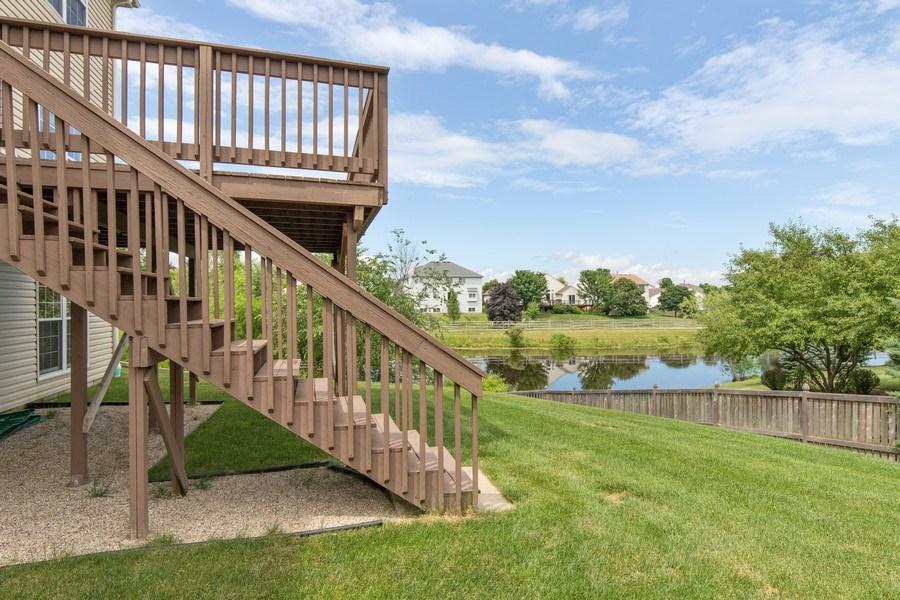 Real Estate Photography - 33 Bridlepath Drive, Lindenhurst, IL, 60046 - Back Yard