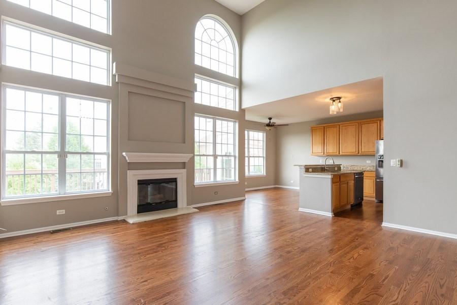 Real Estate Photography - 33 Bridlepath Drive, Lindenhurst, IL, 60046 - Family Room, Kitchen, Breakfast Room