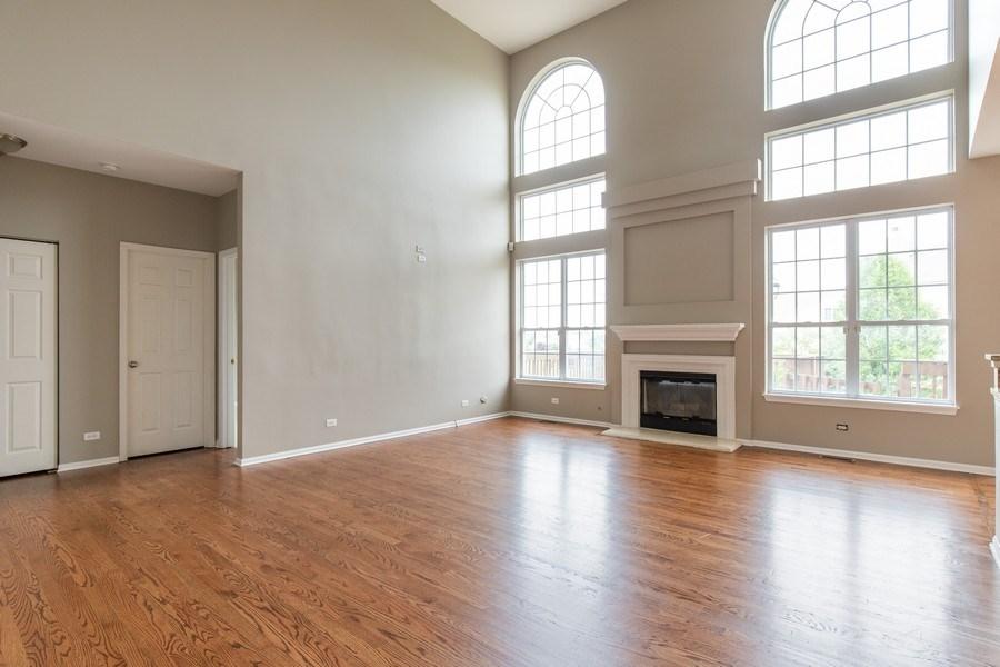 Real Estate Photography - 33 Bridlepath Drive, Lindenhurst, IL, 60046 - Family Room