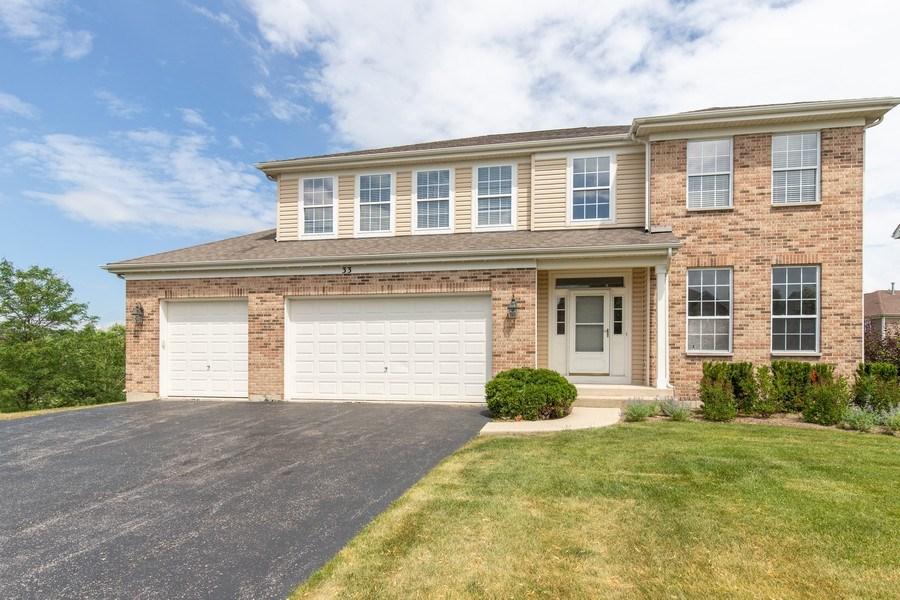 Real Estate Photography - 33 Bridlepath Drive, Lindenhurst, IL, 60046 - 33 Bridlepath, Lindenhurst