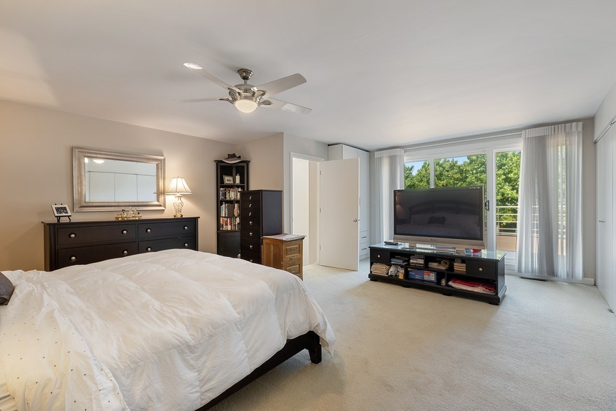 Real Estate Photography - 1938 North Maud Ave, Chicago, IL, 60614 - Master Bedroom