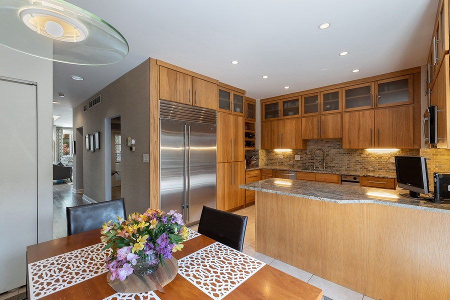 Real Estate Photography - 1938 North Maud Ave, Chicago, IL, 60614 - Breakfast Area
