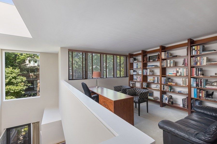 Real Estate Photography - 1938 North Maud Ave, Chicago, IL, 60614 - Library