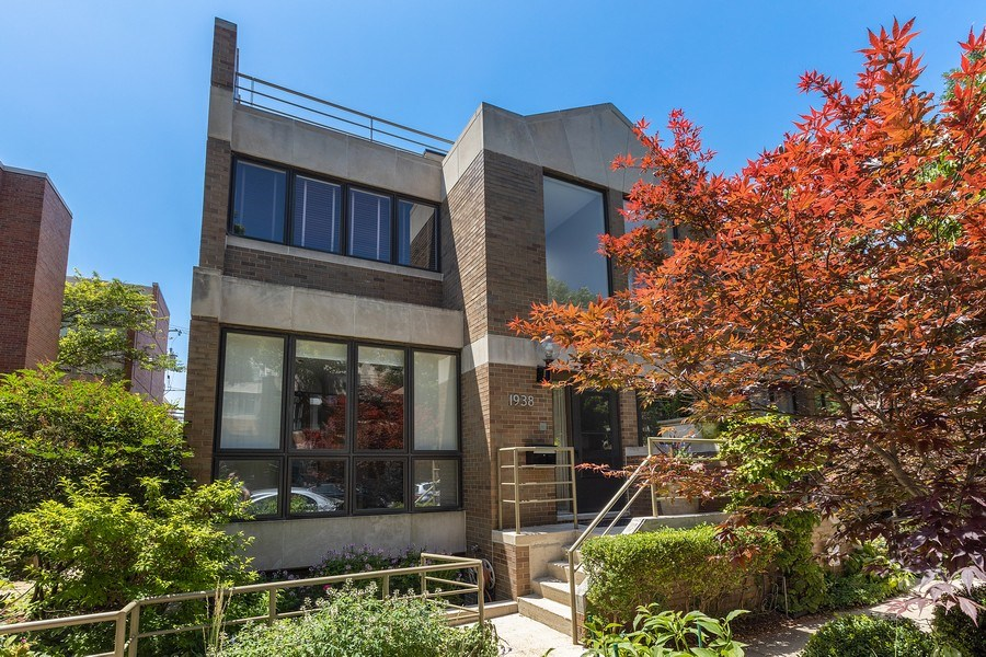 Real Estate Photography - 1938 North Maud Ave, Chicago, IL, 60614 - Front View