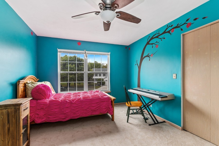 Real Estate Photography - 220 Prairie View Ave, Grayslake, IL, 60030 - Bedroom