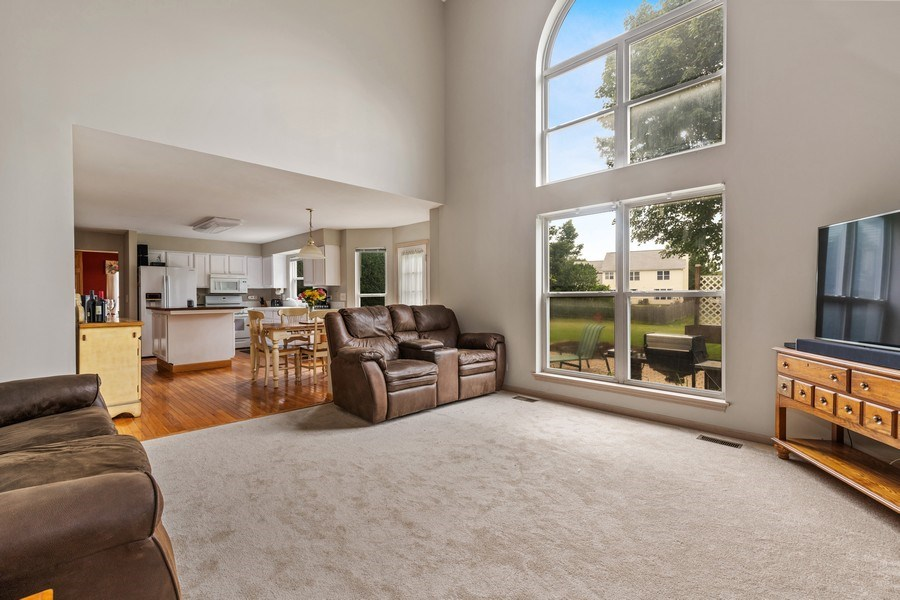 Real Estate Photography - 220 Prairie View Ave, Grayslake, IL, 60030 - Family Room