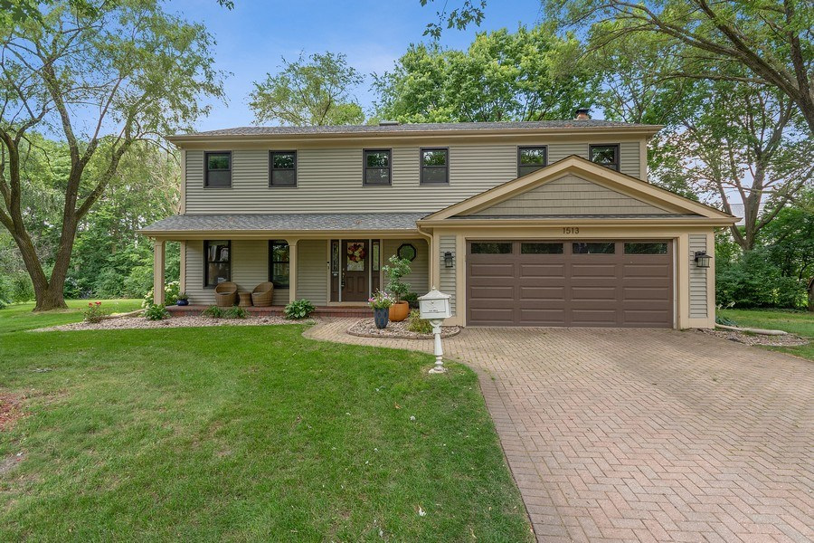 Real Estate Photography - 1513 Maple Hills Court, Naperville, IL, 60563 - Front View