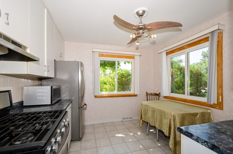 Real Estate Photography - 9126A Niles Center Road, Skokie, IL, 60076 - Kitchen / Breakfast Room