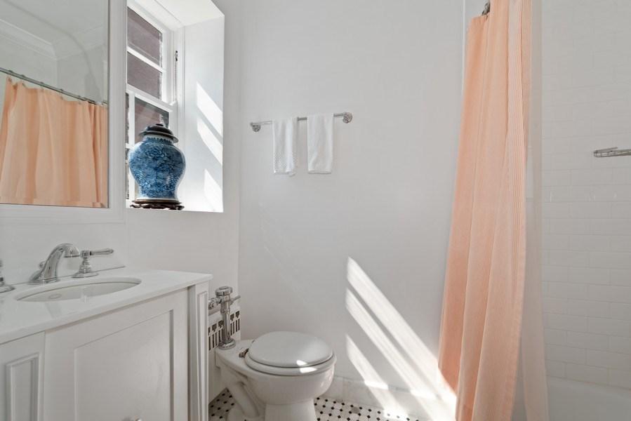 Real Estate Photography - 70 East Cedar St, 6W, Chicago, IL, 60611 - 3rd Bathroom
