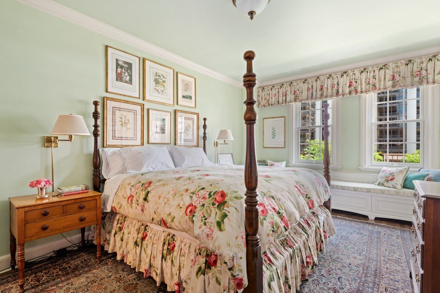 Real Estate Photography - 70 East Cedar St, 6W, Chicago, IL, 60611 - Master Bedroom