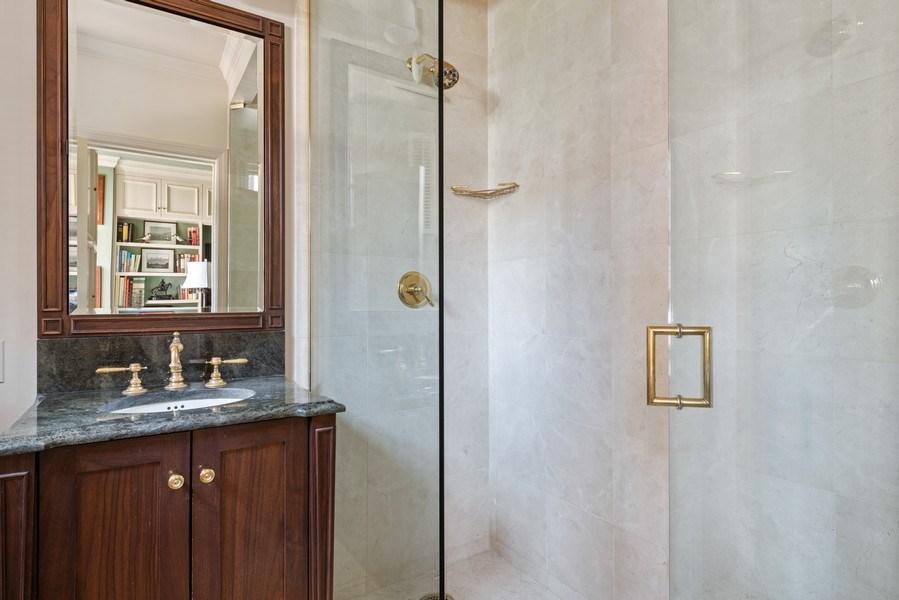 Real Estate Photography - 70 East Cedar St, 6W, Chicago, IL, 60611 - 2nd Bathroom