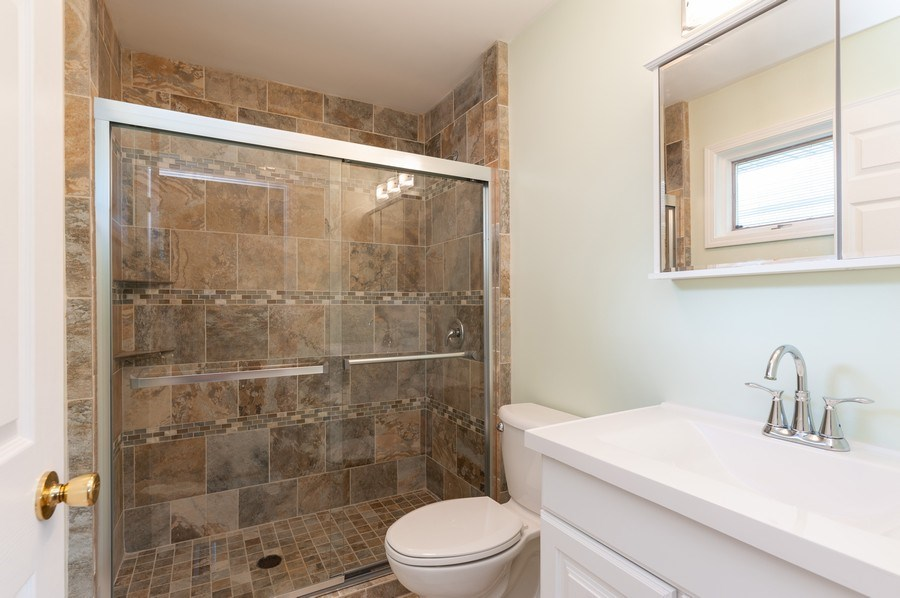 Real Estate Photography - 39550 N. Petite Pass, Antioch, IL, 60002 - Master Bathroom