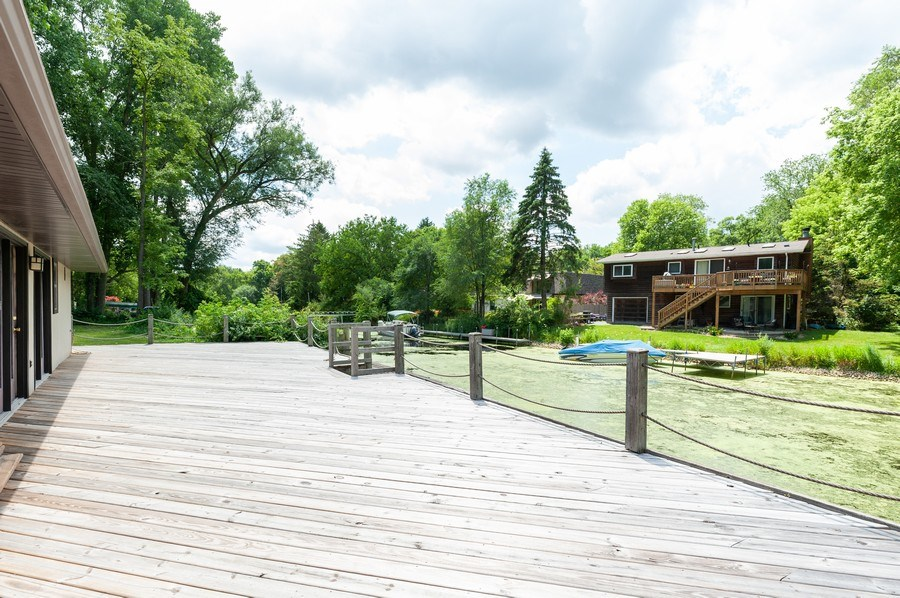 Real Estate Photography - 39550 N. Petite Pass, Antioch, IL, 60002 - Deck