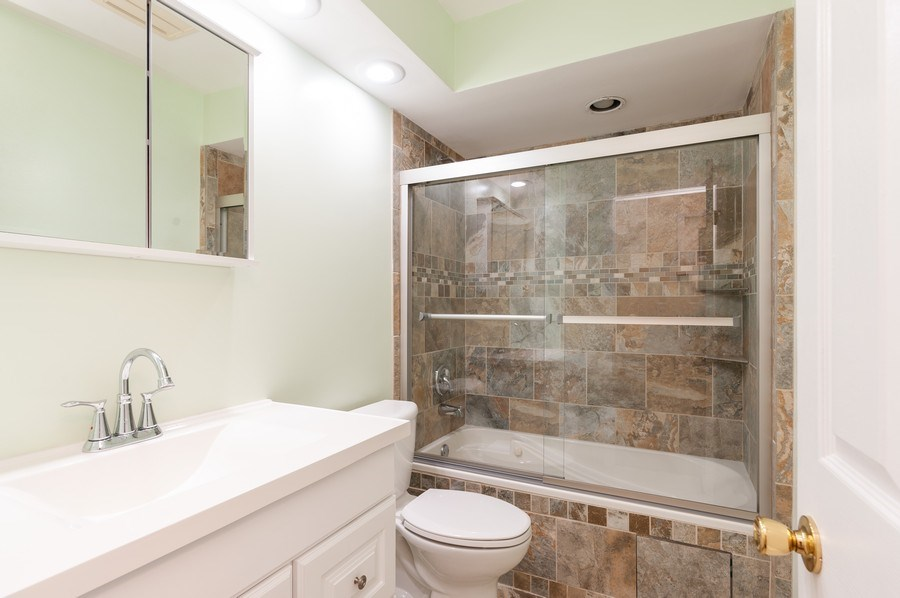 Real Estate Photography - 39550 N. Petite Pass, Antioch, IL, 60002 - Bathroom