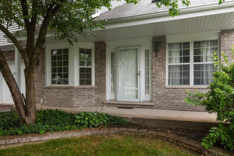 Real Estate Photography - 3531 Princeton Avenue, Aurora, IL, 60504 - Entryway