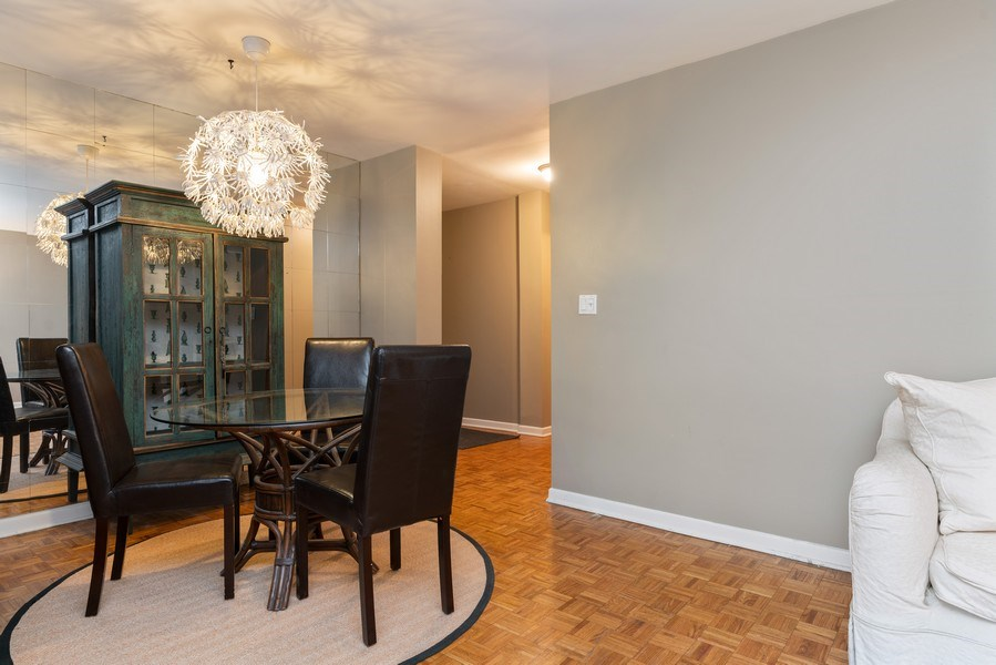 Real Estate Photography - 539 W. STRATFORD Place, Unit 204, Chicago, IL, 60657 - Dining Room