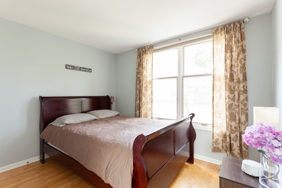 Real Estate Photography - 235 S. Marion Street, Unit K, Oak Park, IL, 60302 - 2nd Bedroom