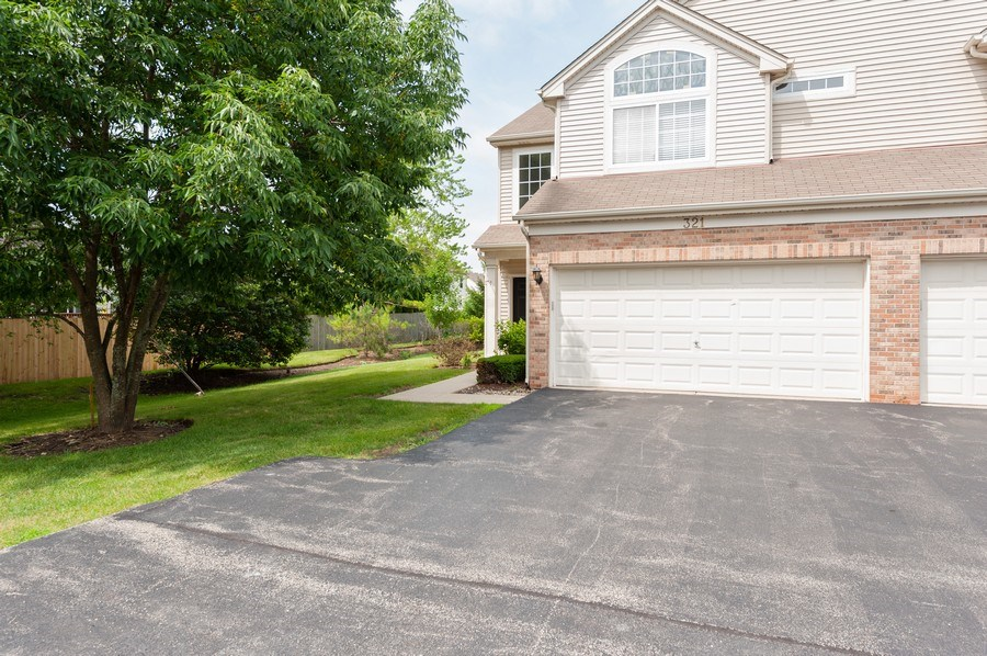 Real Estate Photography - 321 North Patriot Dr, Hainesville, IL, 60030 - Front View