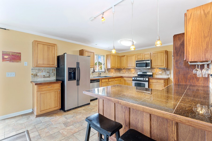 Real Estate Photography - 310 Kennedy Drive, Antioch, IL, 60002 - Kitchen
