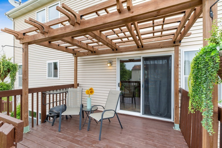 Real Estate Photography - 310 Kennedy Drive, Antioch, IL, 60002 - Deck