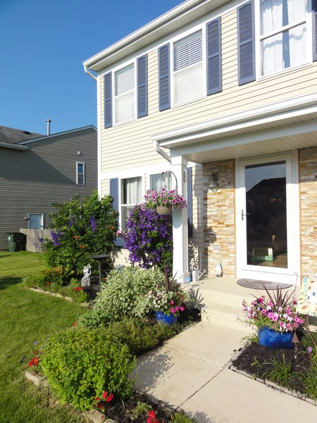 Real Estate Photography - 310 Kennedy Drive, Antioch, IL, 60002 -