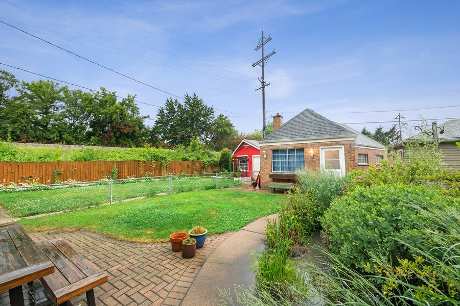 Real Estate Photography - 2748 OAK PARK Avenue, Berwyn, IL, 60402 - Back Yard