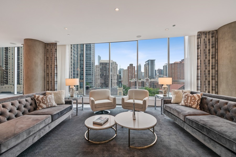 Real Estate Photography - 30 W. OAK Street, Unit 11B, Chicago, IL, 60610 - Living Room