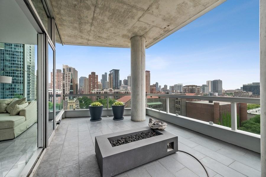 Real Estate Photography - 30 W. OAK Street, Unit 11B, Chicago, IL, 60610 - Balcony