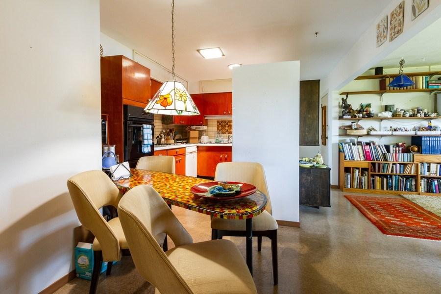 Real Estate Photography - 27 W. Shore Drive, Grayslake, IL, 60030 - Kitchen