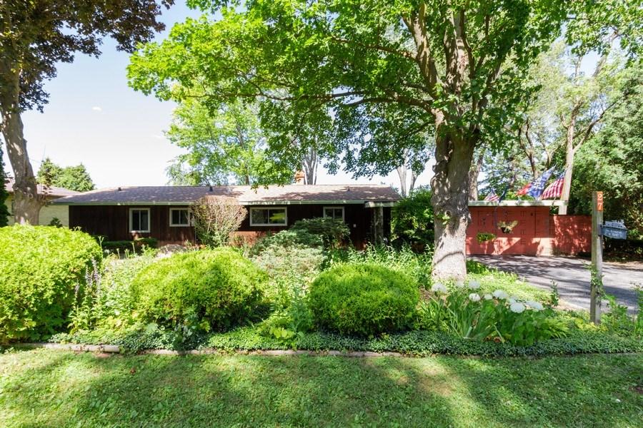 Real Estate Photography - 27 W. Shore Drive, Grayslake, IL, 60030 - Rear View