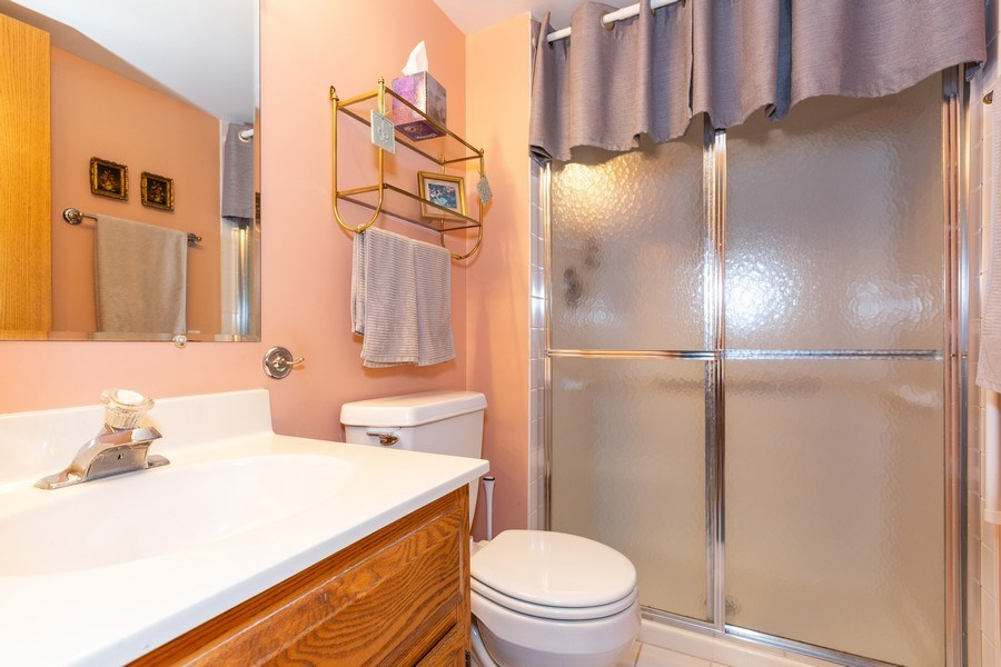 Real Estate Photography - 7823 West 157Th Pl, Orland Park, IL, 60462 - Master Bathroom