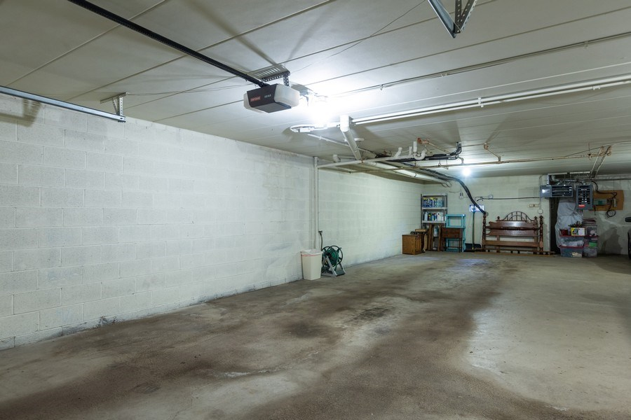 Real Estate Photography - 7823 West 157Th Pl, Orland Park, IL, 60462 - Garage