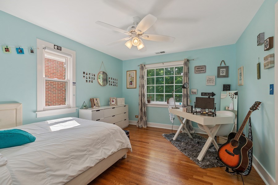 Real Estate Photography - 1927 Lincoln Street, Evanston, IL, 60201 - 2nd Bedroom (Upstairs)