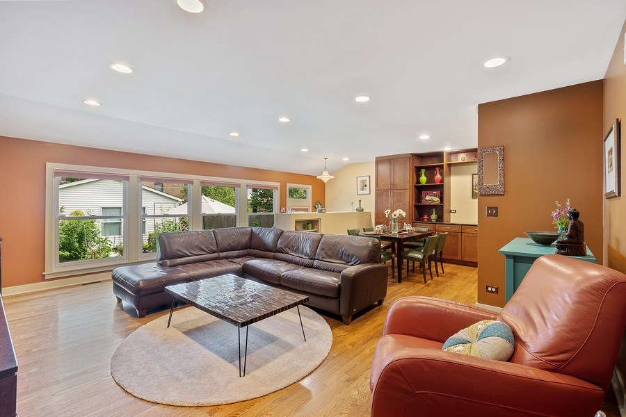 Real Estate Photography - 1927 Lincoln Street, Evanston, IL, 60201 - Great Room/Family Room with Natural Light