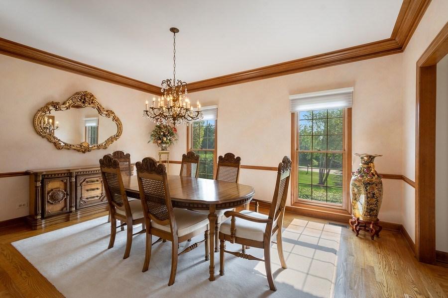 Real Estate Photography - 155 HAVERTON WAY, North Barrington, IL, 60010 - Dining Room
