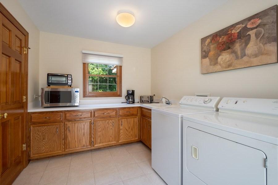 Real Estate Photography - 155 HAVERTON WAY, North Barrington, IL, 60010 - Laundry Room