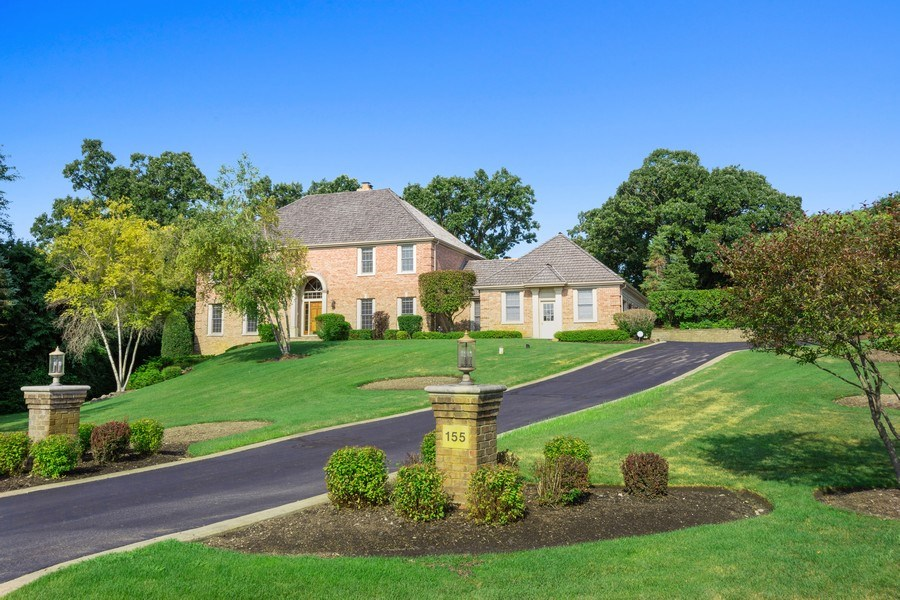 Real Estate Photography - 155 HAVERTON WAY, North Barrington, IL, 60010 - Front View