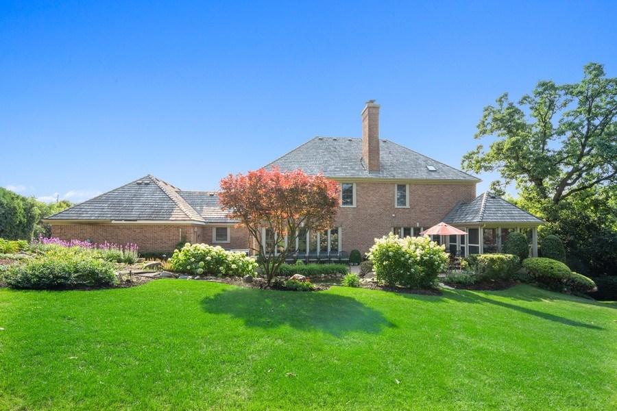 Real Estate Photography - 155 HAVERTON WAY, North Barrington, IL, 60010 - Rear View