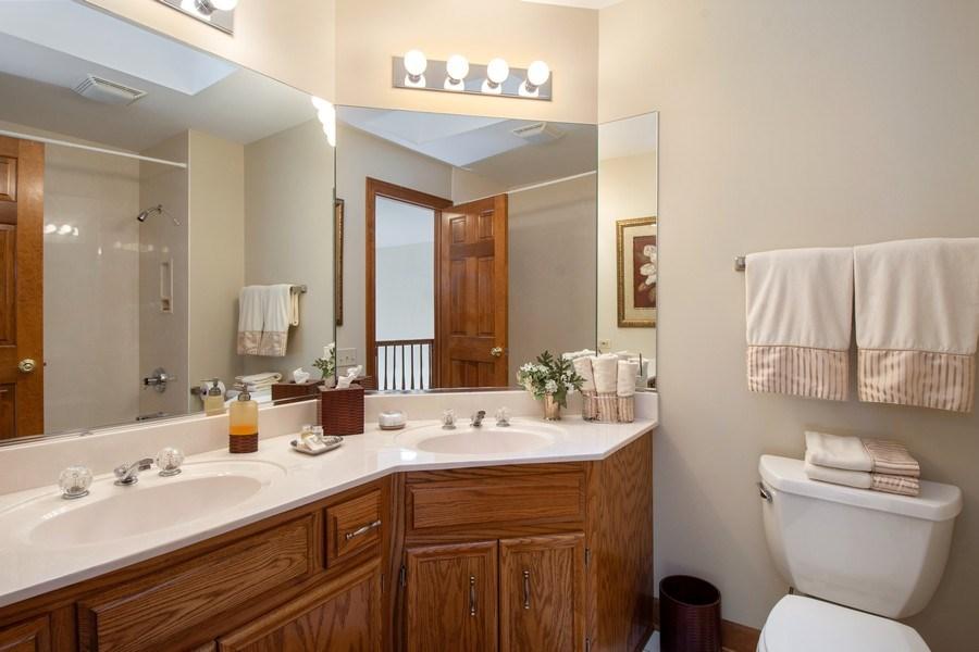 Real Estate Photography - 155 HAVERTON WAY, North Barrington, IL, 60010 - Bathroom